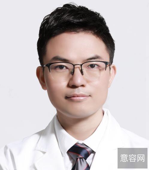深圳美莱周洪超医生做过假体隆鼻真人案例分享