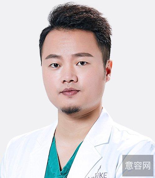 深圳美莱龙鹏辉医生做过的假体隆胸真实案例,